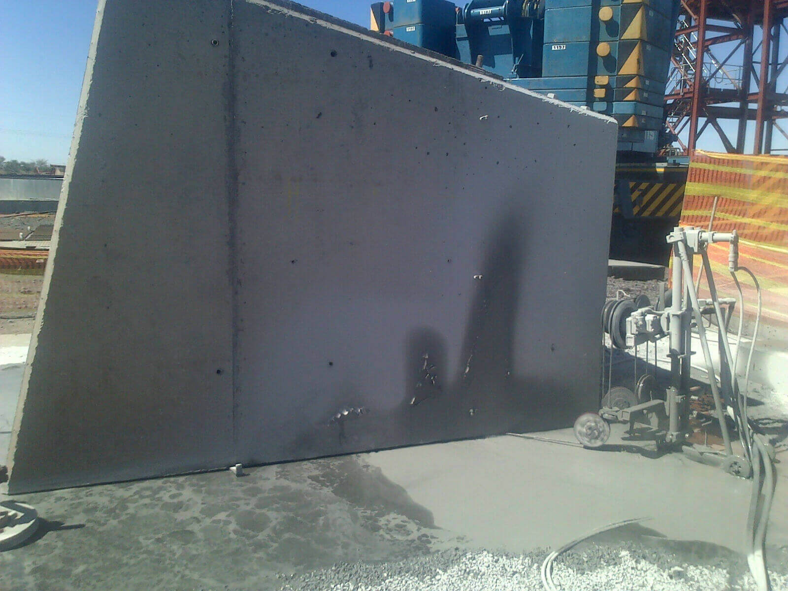 Wire Sawing Concrete Slabs