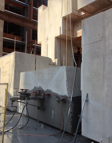 Wire Sawing Concrete Slab - In-progress