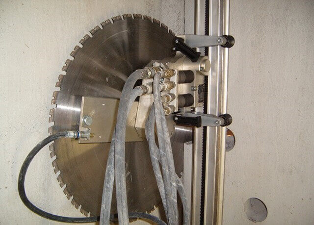 Wall Sawing - Diamond Blade